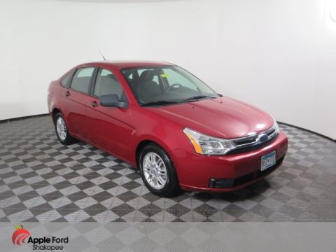 Pre-Owned 2009 Ford Focus SE