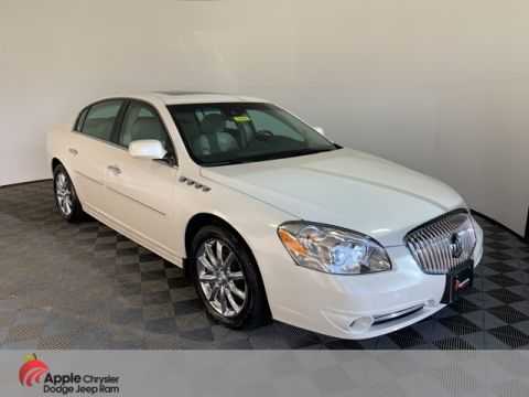Pre-Owned 2011 Buick Lucerne Super
