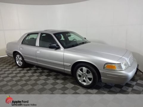 Pre-Owned 2004 Ford Crown Victoria LX